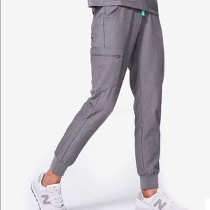 FIGS Zamora Petite Medium Gray Jogger Scrub Pants